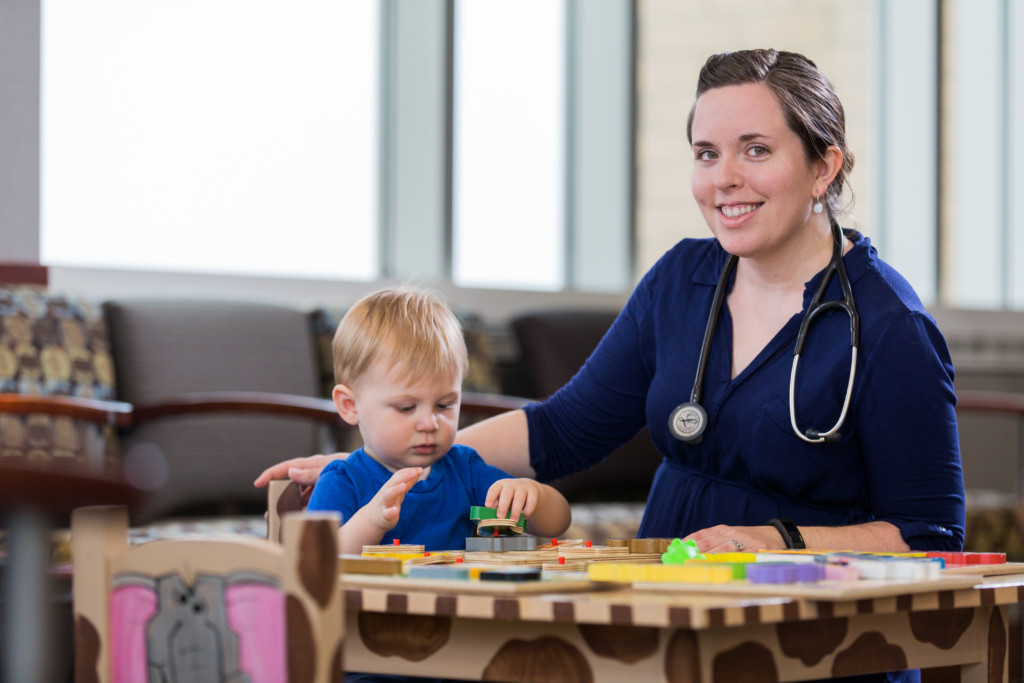 Bringing Home Baby: 5 Things Your Pediatrician Wants You to Know | Des Moines Moms Blog