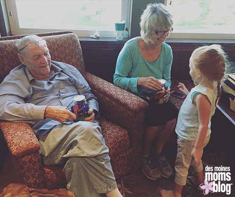 Grandparents: Give a Jar of Memories | Des Moines Moms Blog