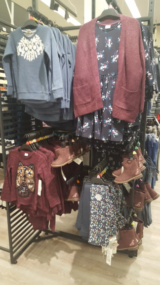 F Amp F Clothing At Hy Vee Review Des Moines Moms Blog