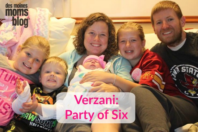 Family with 4 kids Des Moines Moms Blog