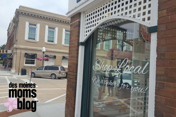 Clear Lake downtown shops