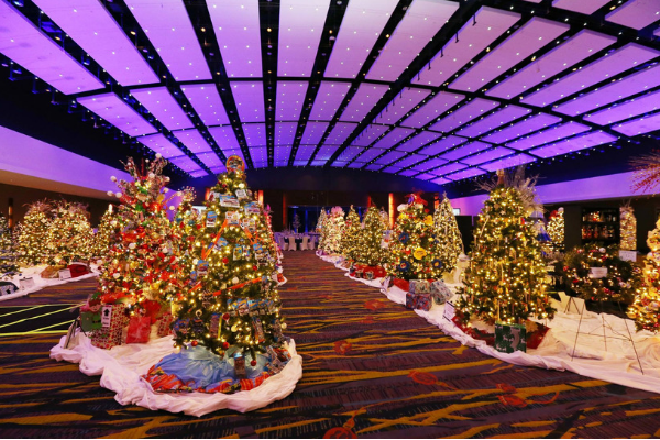 Festival of Trees and Lights Des Moines