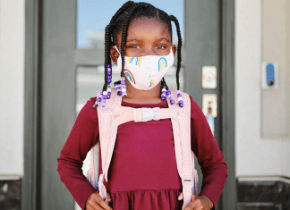 kids wearing face masks