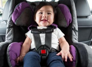 des moines moms car seat